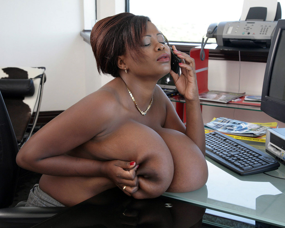 Thick Ebony Bitches Masturbate