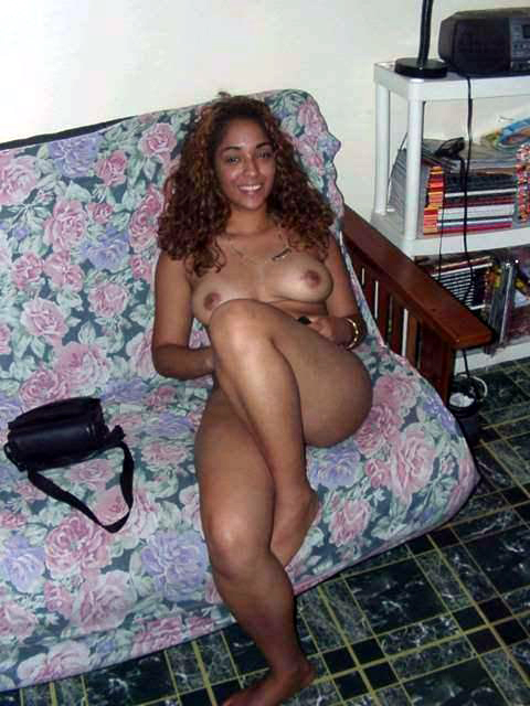 spreading legs black women Amateur