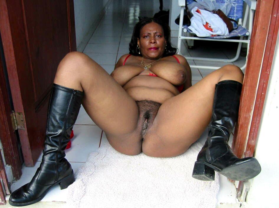 Bbw Mature Latina Creampie