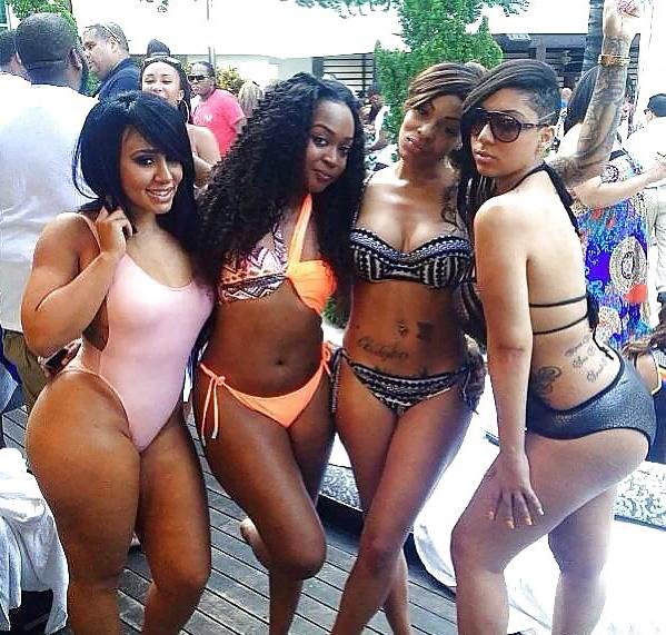 Hot Ebony Babe's